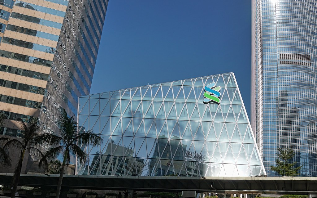 Standard Chartered and Linklogis establish JV to drive sustainable trade finance.
